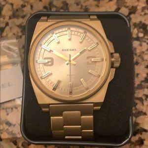 Brand new Diesel watch gold